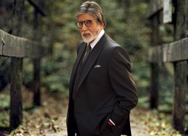 Amitabh Bachchan gets vaccinated for COVID-19 along with his entire family except Abhishek Bachchan
