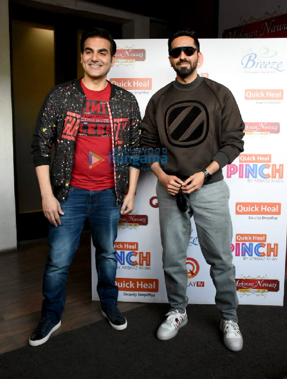 Photos Ayushmann Khurrana spotted for the shoot of Arbaaz Khan's chat show (5)