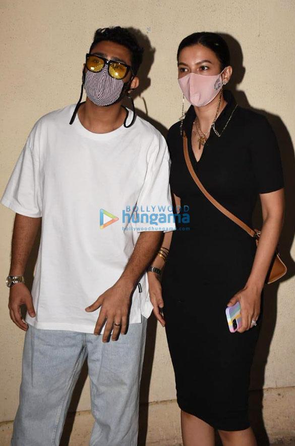 Photos Gauahar Khan and Zaid Darbar spotted at Juhu PVR (4)