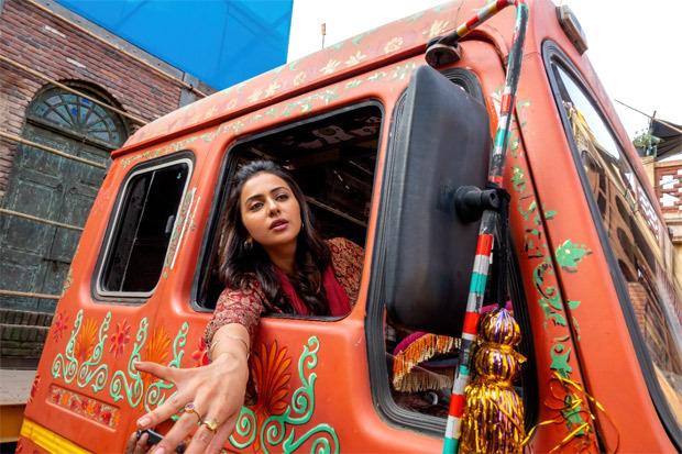 Rakul Preet Singh drives a truck on the sets of Netflix's Sardar Ka Grandson
