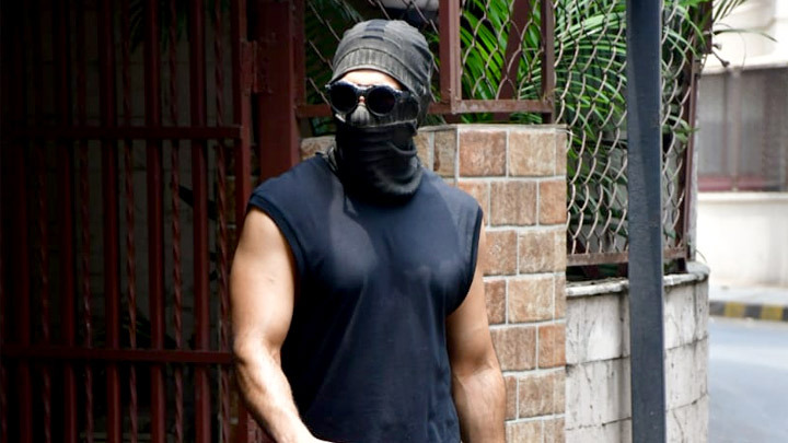 Ranveer Singh spotted at a dubbing studio in Bandra