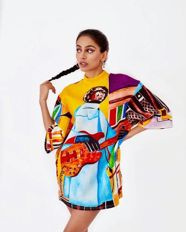 Banita Sandhu dons vibrant printed shirt dress worth Rs. 30,000; follows with latest flip flop trend
