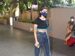 Photos: Actor Nikita Dutta spotted at the airport