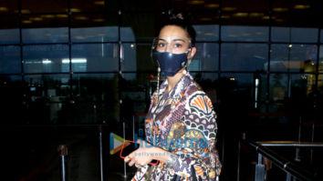 Photos: Erica Fernandes and Karanvir Sharma snapped at the airport