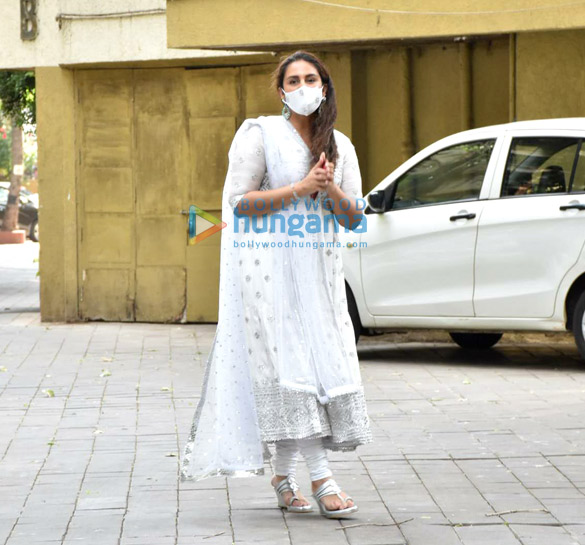 Photos: Huma Qureshi spotted outside her building on Eid