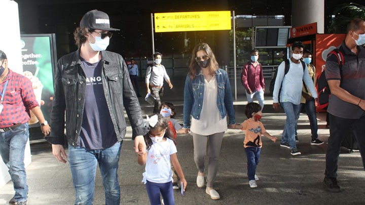 Sunny Leone with family spotted at Airport