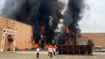 Major fire breaks out on the sets of Ashutosh Gowarker's film Jodhaa Akbar in ND Studios