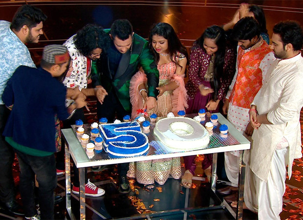 Indian Idol season 12 completes 50 episodes, judges and contestants to celebrate in the weekend episode