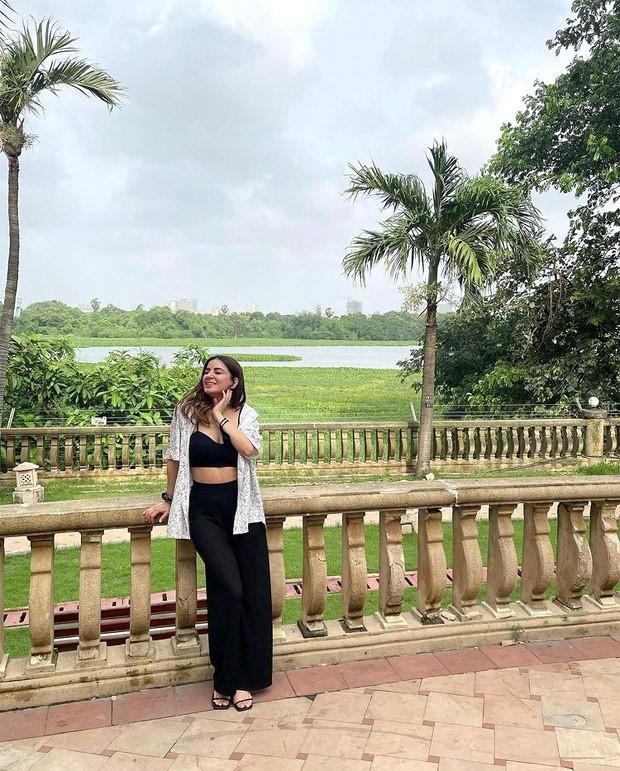 Kundali Bhagya actress Shraddha Arya keeps it casual in black co-ord set paired with printed shirt