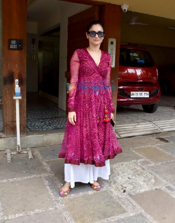 Photos Ankita Lokhande snapped at Kamal Jain's office in Juhu (1)