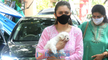 Photos: Hansika Motwani spotted outside a pet clinic in Khar
