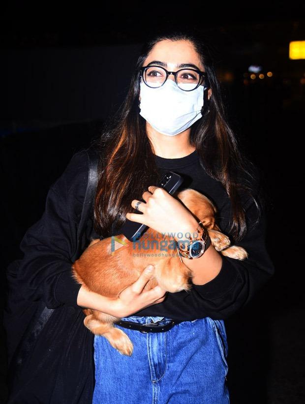 Rashmika Mandanna arrives in Mumbai with her cute pet to resume the shoot of Goodbye