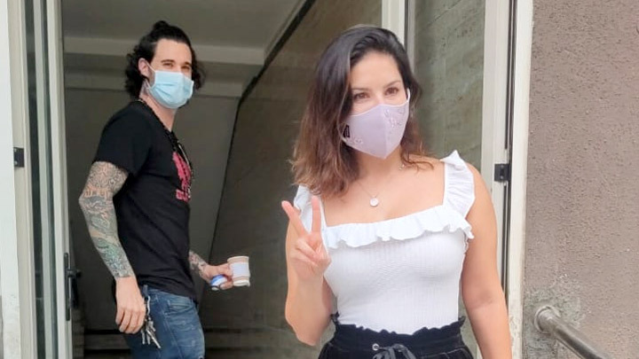 Sunny Leone & Daniel Weber spotted outside gym at Laxmi industrial estate in Andheri