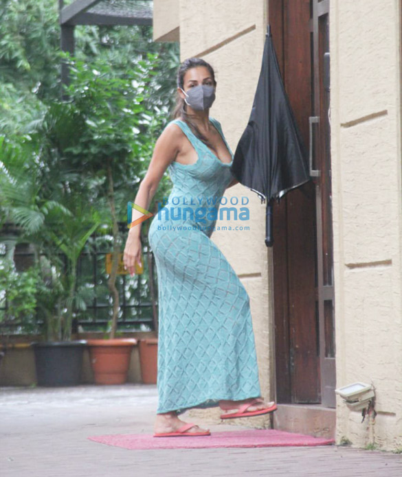 Photos Malaika Arora and Sophie Choudry spotted in Bandra (3)