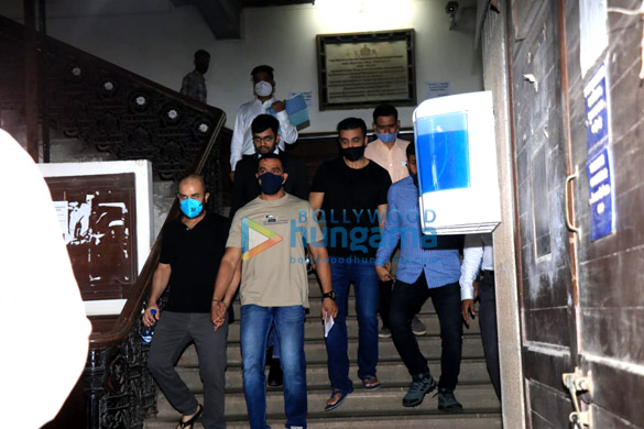 Photos Raj Kundra leaves from Court for Medical test at JJ Hospital (3)