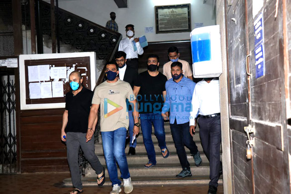 Photos Raj Kundra leaves from Court for Medical test at JJ Hospital (5)
