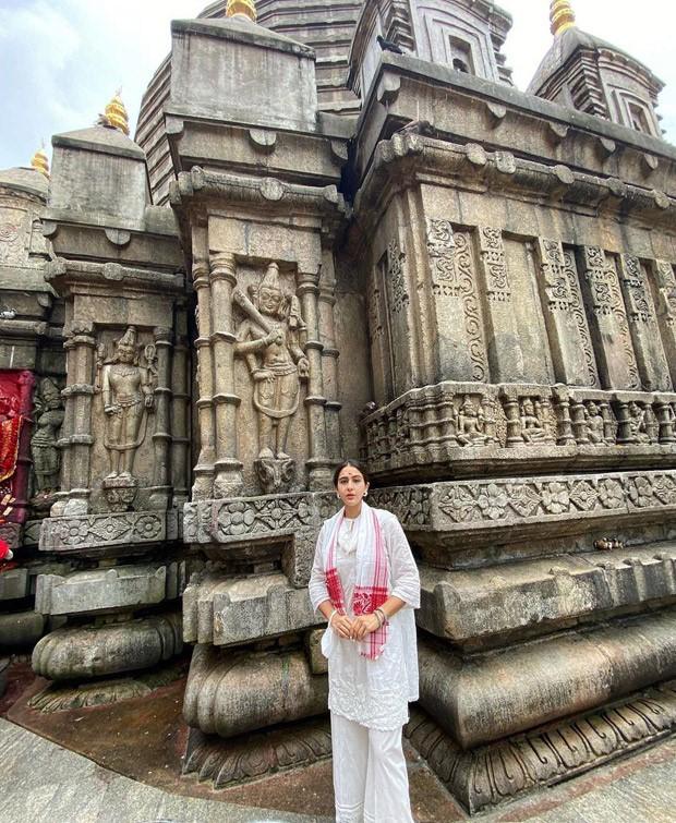 Sara Ali Khan visits the Kamakhya Temple in Assam, says 'blessed'