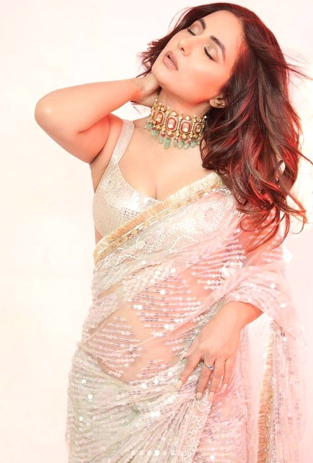 Hina Khan looks dreamy in white sequin saree by Manish Malhotra