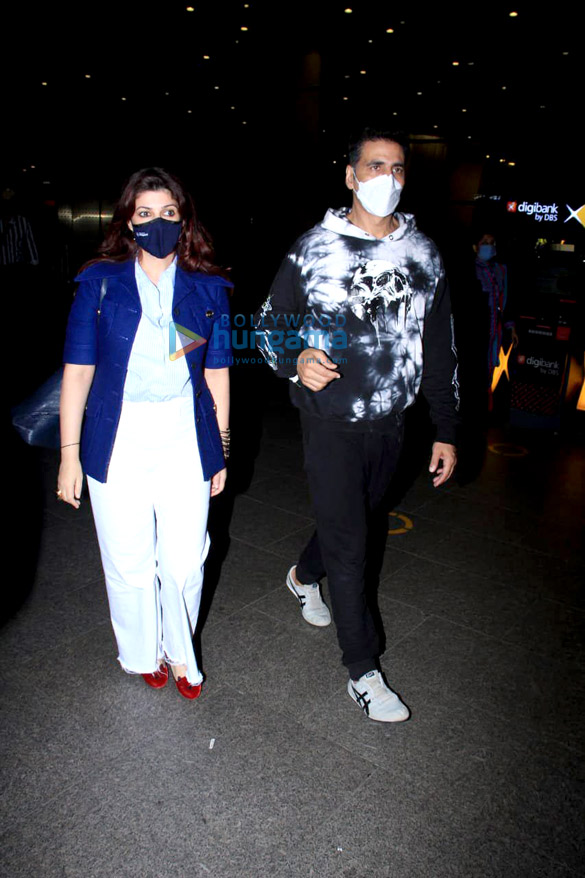 Photos: Akshay Kumar, Twinkle Khanna, Vaani Kapoor and others snapped at the airport