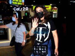 Photos Raveena Tandon, Hansika Motwani, Boman Irani and others snapped at the airport (2)