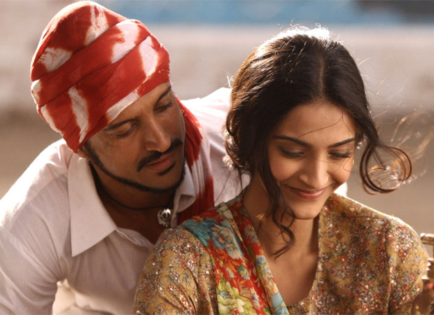 REVEALED: Sonam Kapoor was offered just Rs 11 for her role in Bhaag Milkha Bhaag