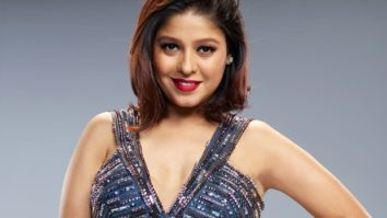 When Sunidhi Chauhan thought she would win an award for Dhoom Machale but did not