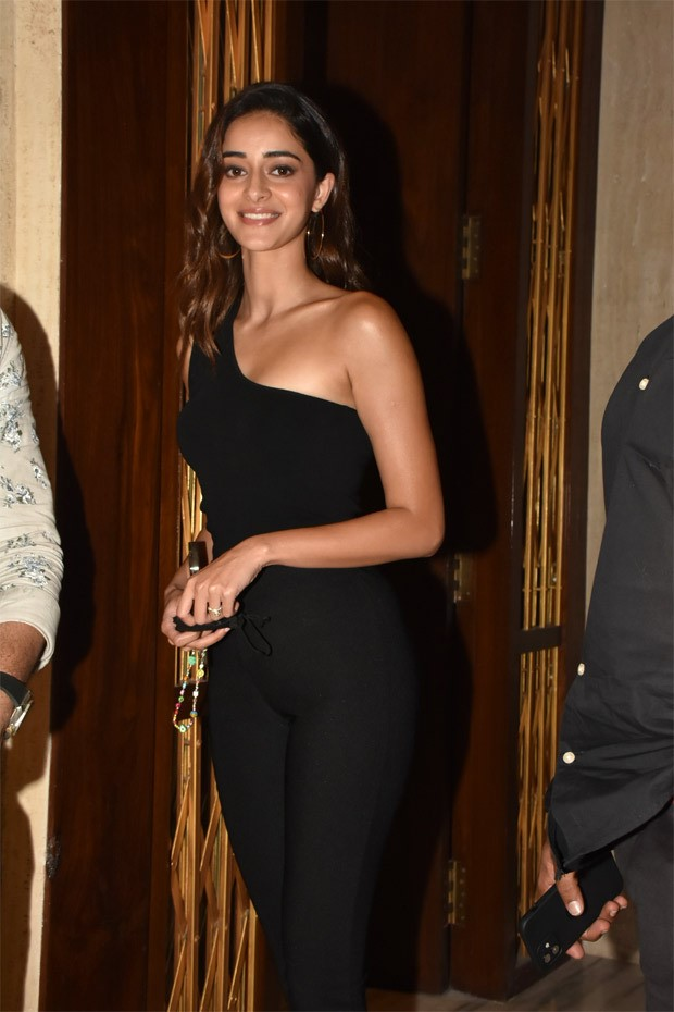 Ananya Panday makes heads turn in an all black bodysuit