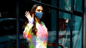 Photos: Kiara Advani and Varun Sharma snapped at the Maddock Films office in Santacruz