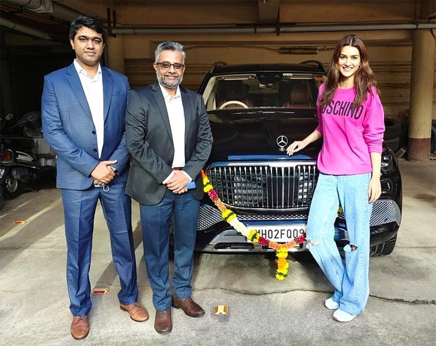 After Arjun Kapoor, Kriti Sanon gets a Mercedes Maybach worth Rs. 2.43 crores