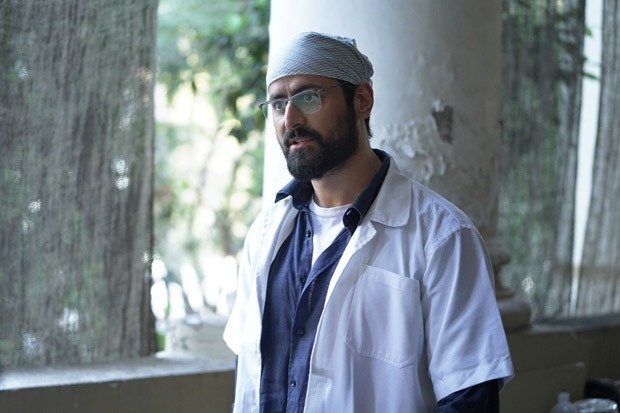"""EXCLUSIVE: """"I had instructed my team not to wash my clothes every day, unless really necessary""""- Mohit Raina on playing a doctor in Mumbai Diaries 26/11"""