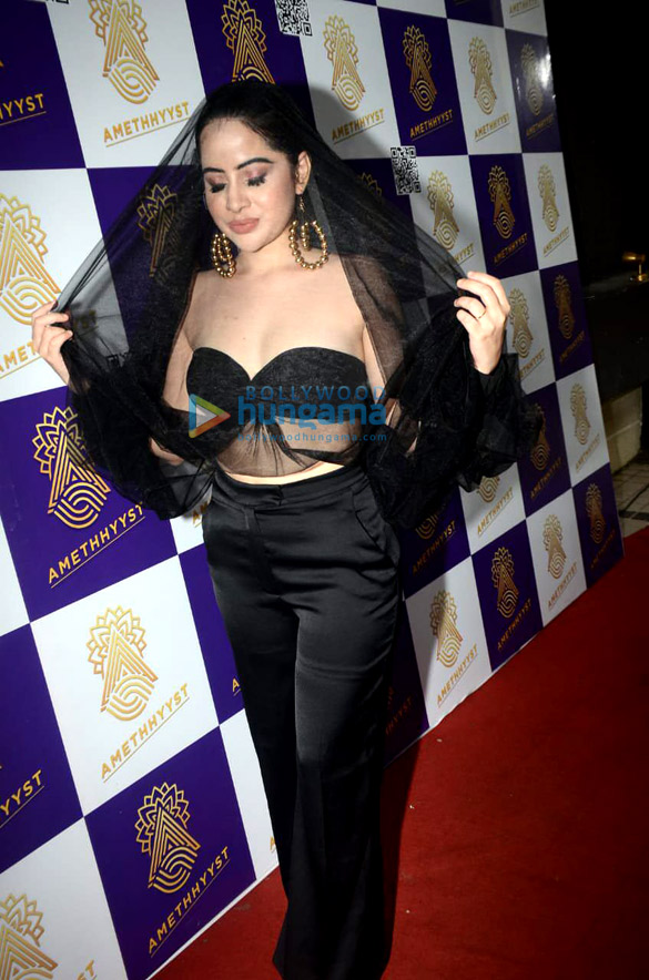 Photos Urfi Javed spotted at Amethhyyst Lounge in Andheri for her pre-birthday bash (5)