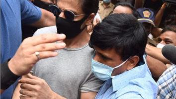 After Shah Rukh Khan visits Aryan Khan in jail, NCB conducts a raid at Mannat